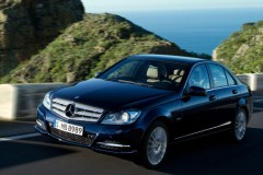 Mercedes C class sedan photo image 7