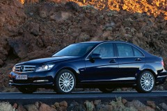 Mercedes C class sedan photo image 4