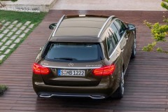 Mercedes C class estate car photo image 4
