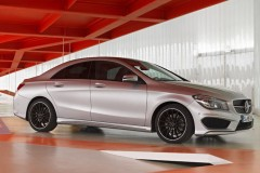 Mercedes CLA coupe photo image 20
