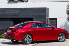 Mercedes CLA coupe photo image 3