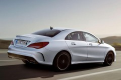 Mercedes CLA coupe photo image 11