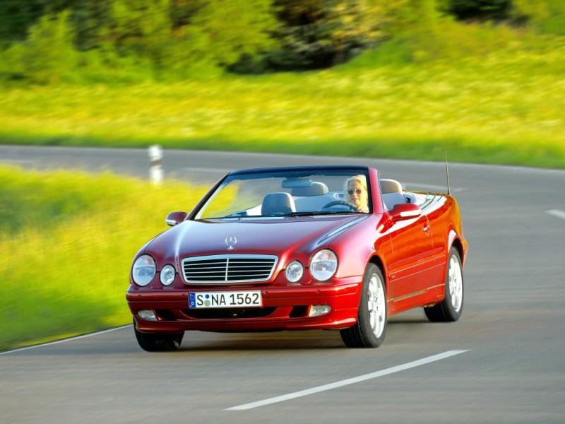 Mercedes CLK 1999 foto attēls