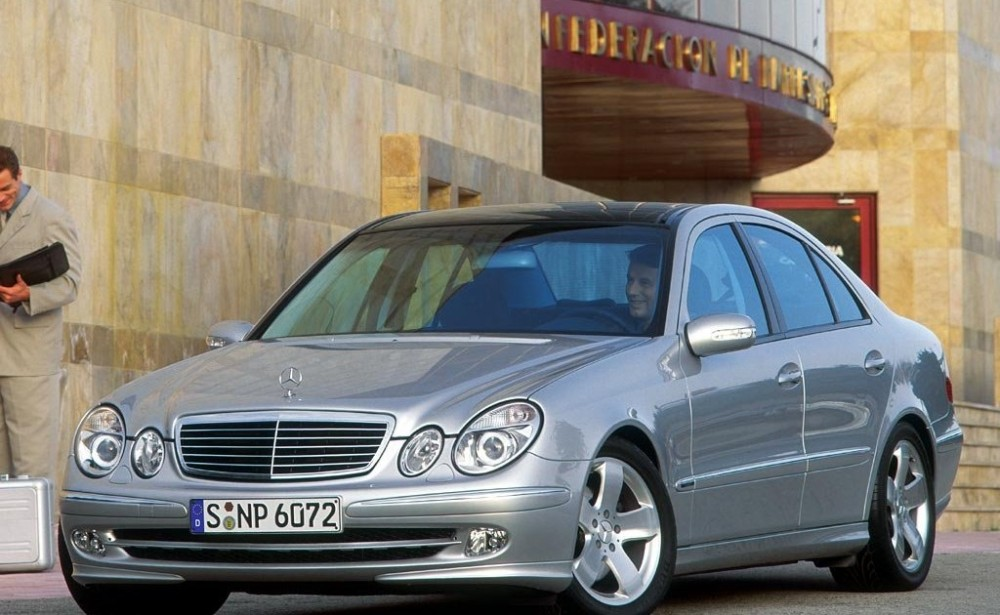 mercedes e 420 cdi 2005 2006 reviews technical data prices. Black Bedroom Furniture Sets. Home Design Ideas