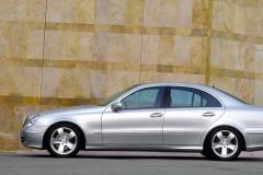 Mercedes E klases sedana foto attēls 5