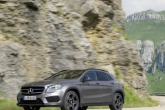 Mercedes GLA photo image 8
