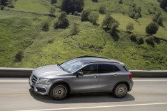 Mercedes GLA photo image 2