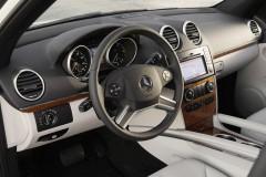 Mercedes ML foto attēls 13