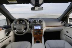 Mercedes ML foto attēls 16