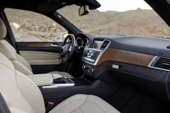 Mercedes ML foto attēls 12