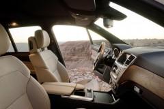 Mercedes ML foto attēls 3