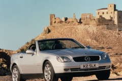 Mercedes SLK kabrioleta foto attēls 2