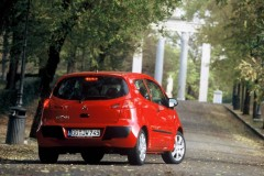 Mitsubishi Colt 3 door hatchback photo image 10