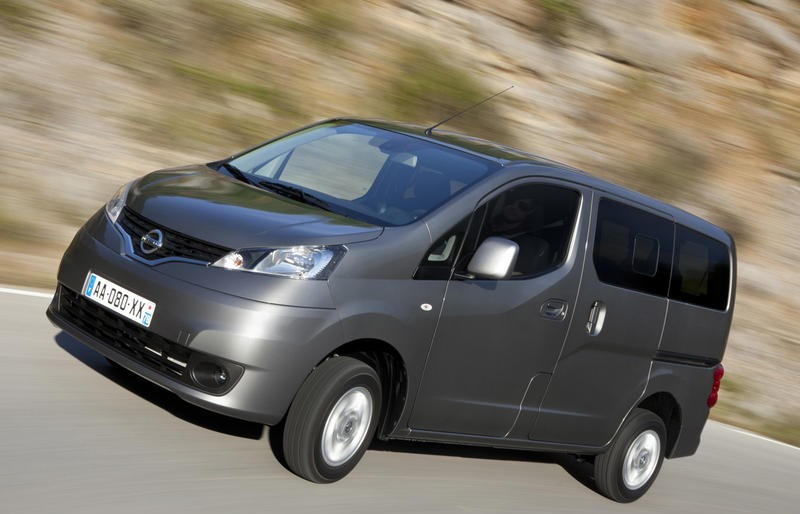 Nissan Evalia Nv200 Reviews Technical Data Prices