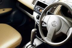 Nissan Note hečbeka foto attēls 7