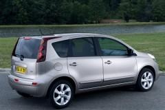Nissan Note hečbeka foto attēls 5