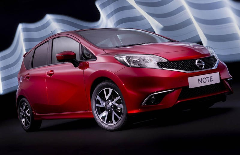 Nissan Note Hatchback 2013 - reviews, technical data, prices