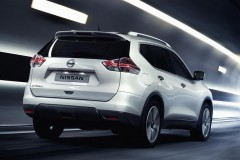 Nissan X-Trail photo image 15