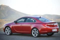 Opel Insignia sedan photo image 9