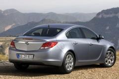 Opel Insignia sedan photo image 3