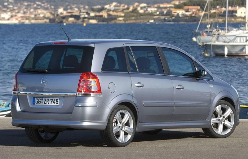 Opel Zafira Minivan Mpv 2008 2011 Reviews Technical Data Prices