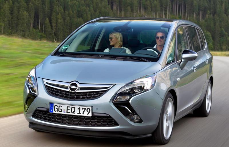 Opel Zafira 2011 foto attēls