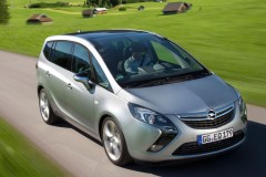 Opel Zafira minivena foto attēls 7