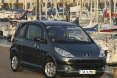 Peugeot 1007 minivena foto attēls 9