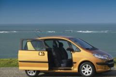 Peugeot 1007 minivena foto attēls 5