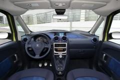 Peugeot 1007 minivena foto attēls 11