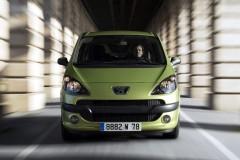 Peugeot 1007 minivena foto attēls 19