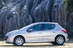 Peugeot 207 hečbeka foto attēls 12