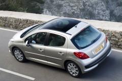 Peugeot 207 hečbeka foto attēls 9