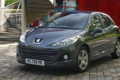 Peugeot 207 hečbeka foto attēls 11