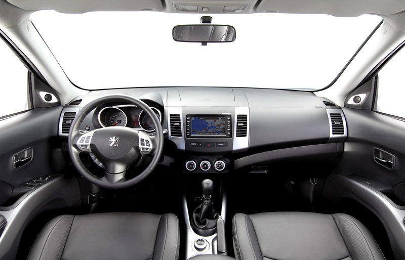 peugeot 4007 reviews technical data, prices