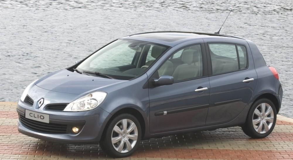 Renault Clio Hatchback 2005