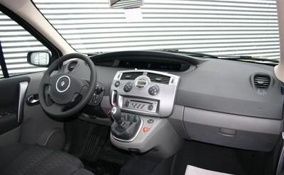 Renault Scenic Minivan / MPV 2006 - 2009 reviews, technical