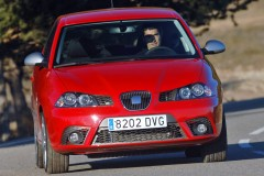 Seat Ibiza 3 durvis hečbeka foto attēls 4
