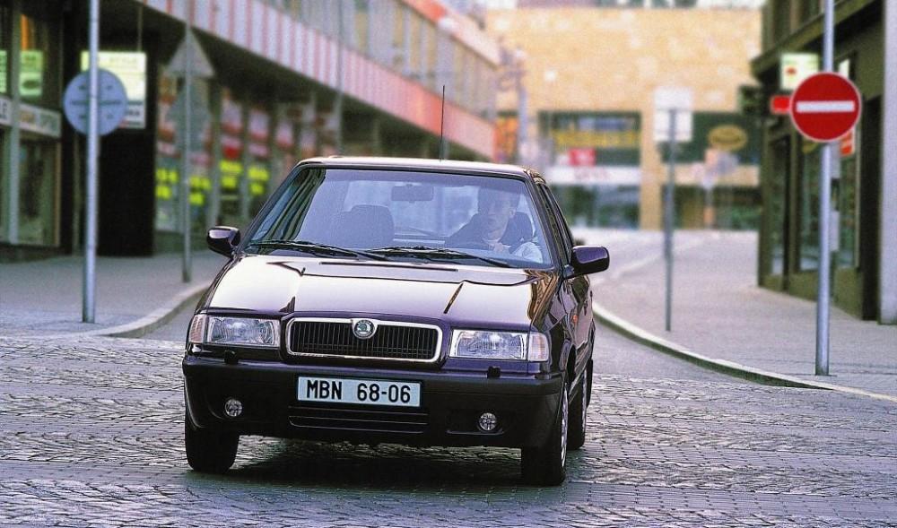 Skoda Felicia 1995 foto attēls
