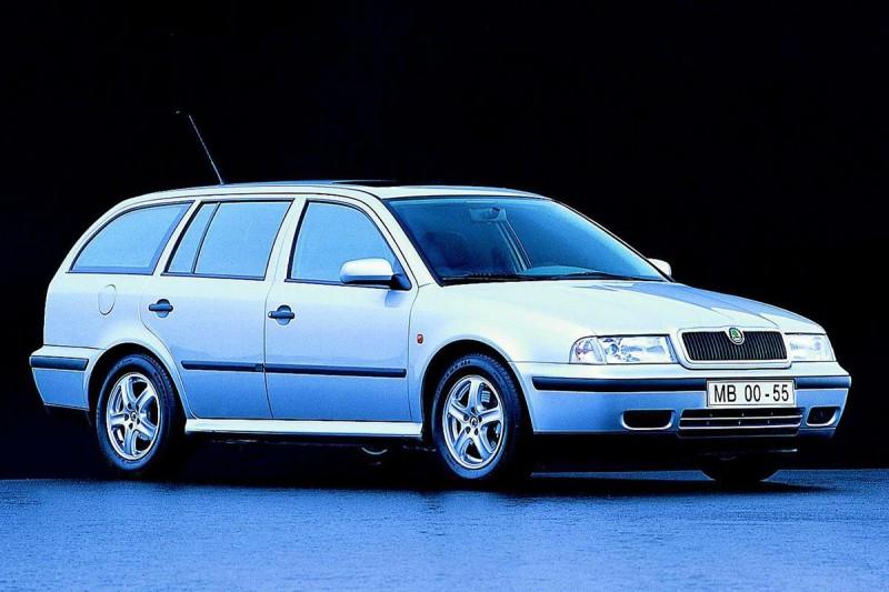 Skoda Octavia 1998 foto attēls