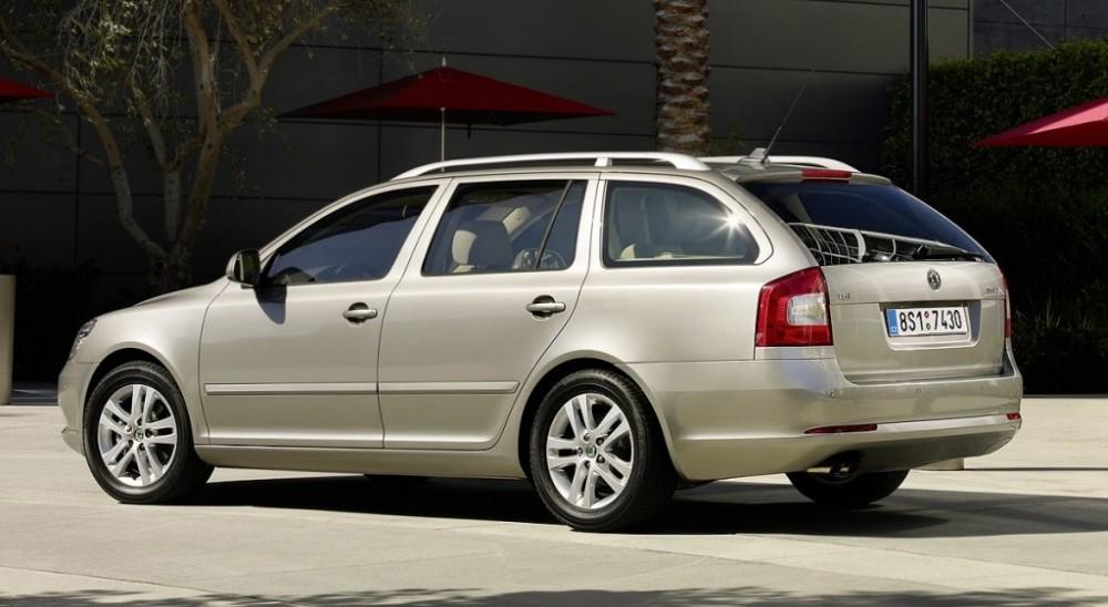 Skoda Octavia Estate Car Wagon 2009 2013 Reviews Technical Data