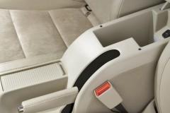Skoda Superb sedan photo image 9