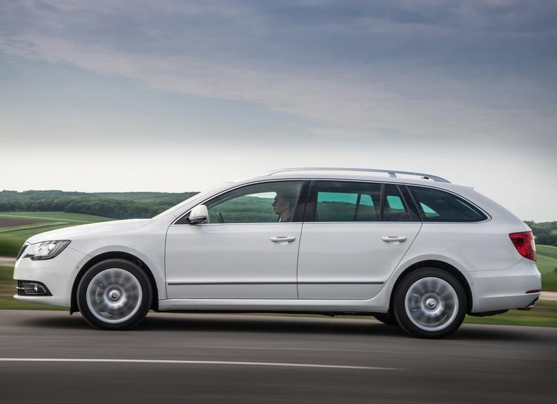 Skoda Superb Interior 2018 >> Skoda Superb Estate car / wagon 2013 - reviews, technical data, prices