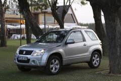 Suzuki Grand Vitara 3 durvis foto attēls 4