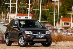 Suzuki Grand Vitara 3 door photo image 1