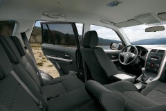 Suzuki Grand Vitara 3 door photo image 3