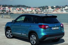 Suzuki Vitara photo image 8