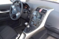 Toyota Auris 3 durvis hečbeka foto attēls 10