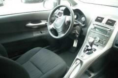 Toyota Auris 3 durvis hečbeka foto attēls 8