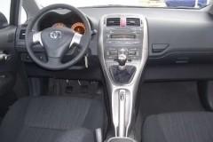 Toyota Auris 3 durvis hečbeka foto attēls 4